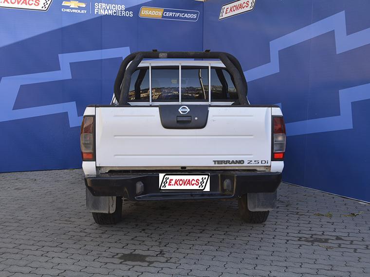 Camionetas Kovacs Nissan Terrano 2.5 di 2012