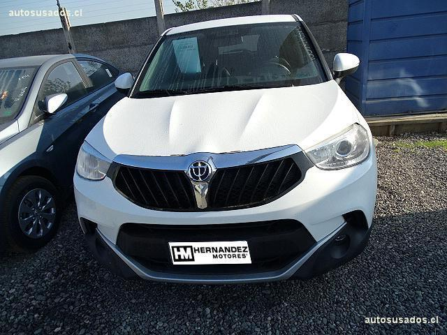Autos Hernández Motores Brilliance V3 2017