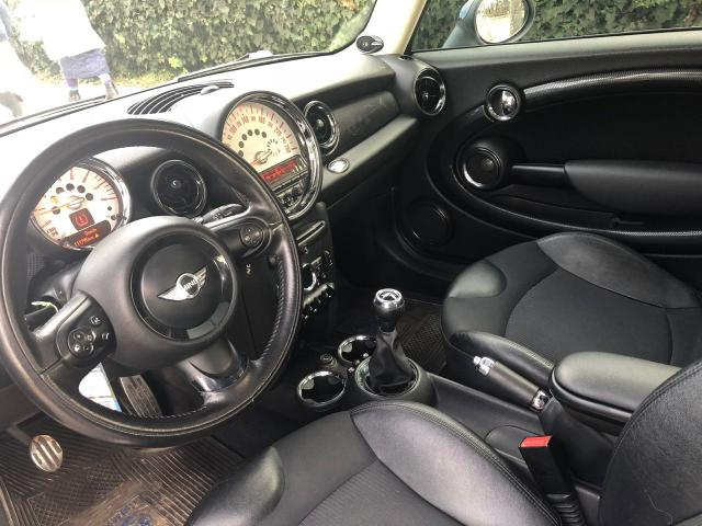 Mini cooper hatchback 1.6
