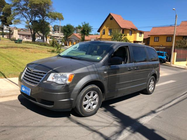 Chrysler town country 3.8 lx auto