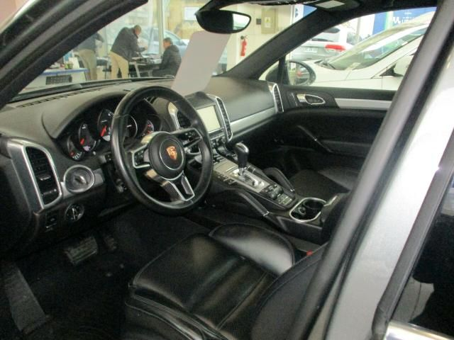 Autos Rosselot Porsche Cayenne v6 e2  2016