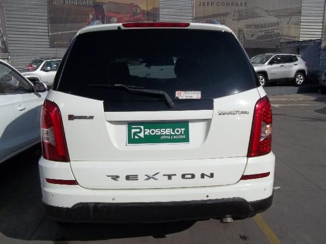 ssangyong rexton w 4x2 mt - wxc301