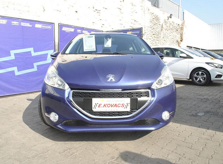 Autos Kovacs Peugeot 208 alluer 2014