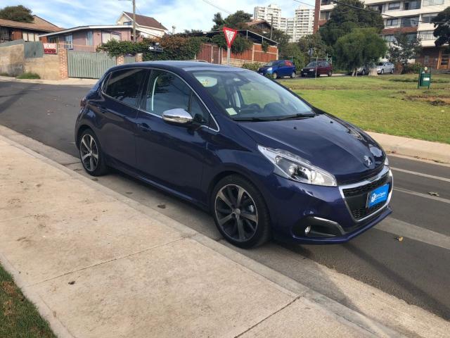 Peugeot 208 allure bluehdi 1.6 100 hp